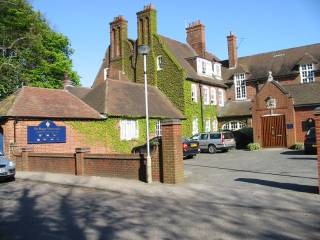 Sir Roger Manwood's School